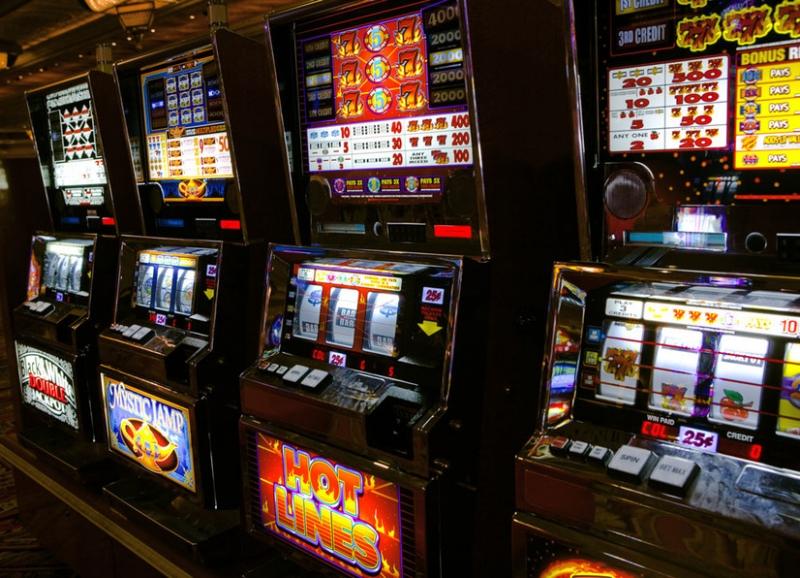 Проигрыши в игровые автоматы играть карты дурак с реальными людьми